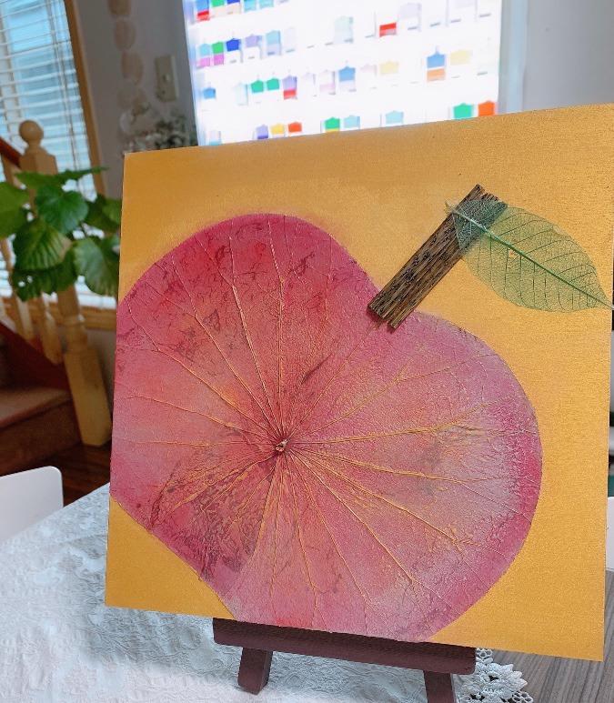 桃色りんご